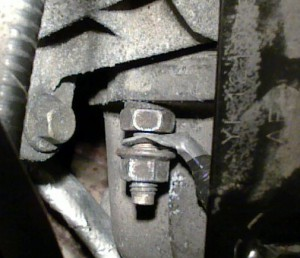 2002 Ford Taurus Loose Grounding Lug